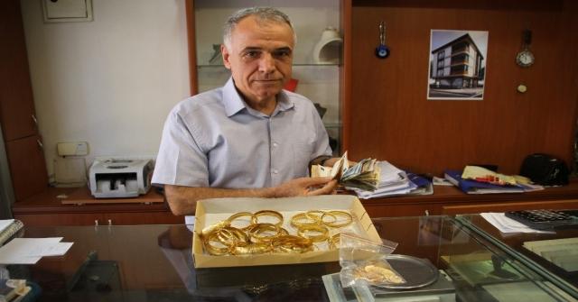 Torbalı'da iki günde 20 kilo altın ve 500.000 dolar bozduruldu