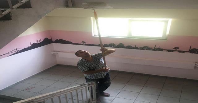 Körfez Belediyesinden Okullara Tadilat Desteği