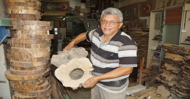 Yanacak Odunlara Sanatıyla Değer Katıyor