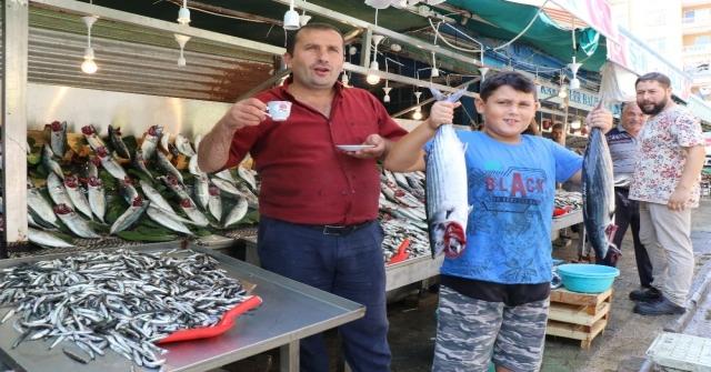 Balık Sezonunun Açıldı, Hem Balıkçıların Hem De Vatandaşların Yüzü Güldü