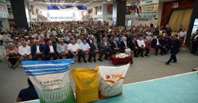Büyükşehirden Bin 500 Çiftçiye Yem Bitkisi Tohumu Desteği
