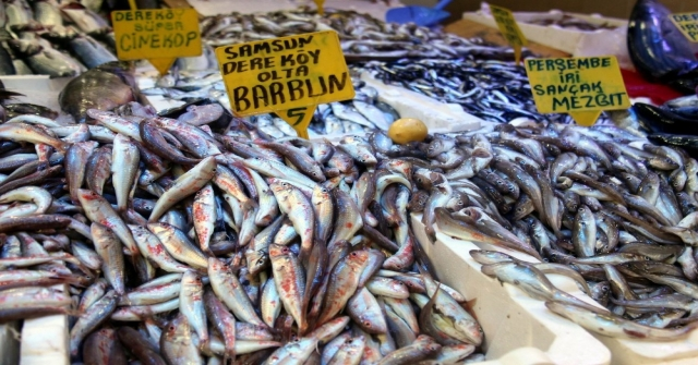 """Karadeniz Balık Patlaması: """"Ne Alırsan 5 Tl"""""""