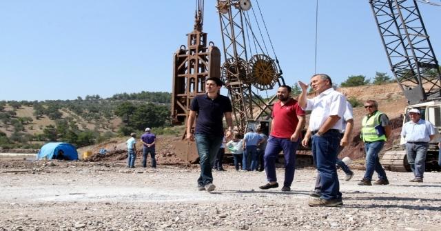 Zeytin Diyarı Akhisarı Sulayacak Barajların İnşaatları Sürüyor