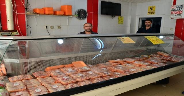 Tavuk Eti Fiyatı Esnafı İsyan Ettirdi