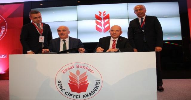 Ziraat Bankası Bilinçli Çiftçiler İçin Genç Çiftçi Akademisi Başlatıyor