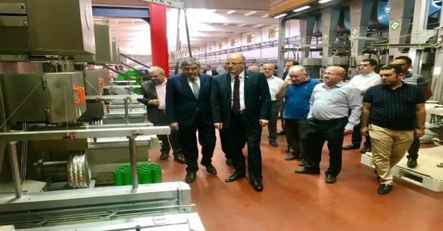 Milletvekili Koçer, Halı Ve Makine Üreticileri İle Bir Araya Geldi