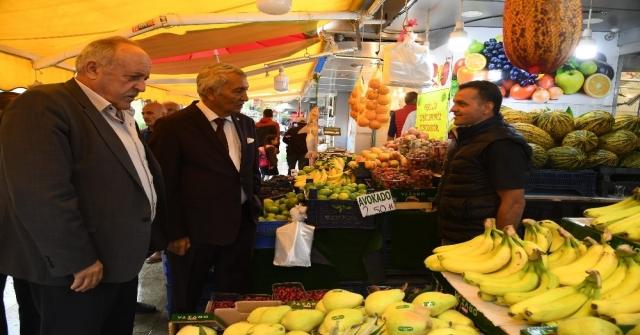 Üzüm Pazarı Esnafının Canlanması Adına Belediyeden İndirim Günleri Projesi