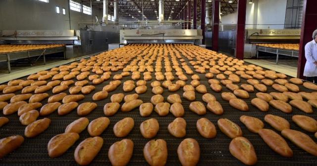 Adanada Halk Ekmek, 230 Gram Ekmeği 60 Kuruşa Satıyor Zarar Da Etmiyor