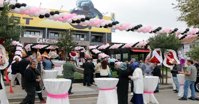 Yerli Sermaye İle Üretim Yaparak 30 Ülkeye Pasta İhraç Eden Cake Station Sakaryada Açıldı