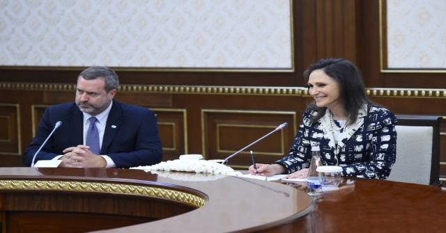 ABD'den Özbekistana 10 Milyar Dolar Yatırım