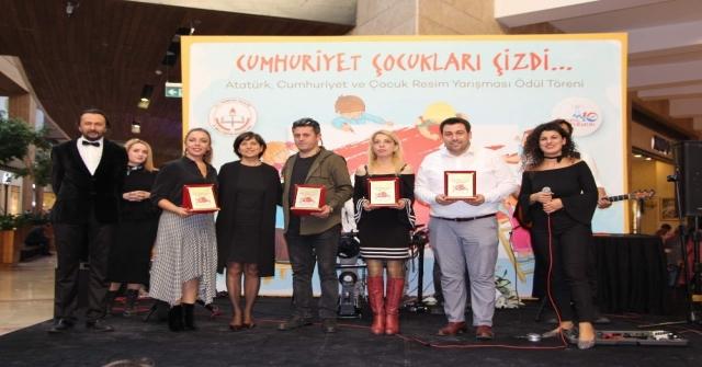 Forum Trabzonda 29 Ekim Etkinliği Kapsamında Resim Yarışması