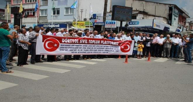 """Dörtyolda 25 Stkdan """"Türk Lirasına Sahip Çıkıyoruz, Devletimizin Yanındayız"""" Açıklaması"""