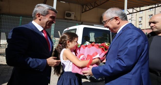 Mardinde Yeni Eğitim Ve Öğretim Yılı Törenle Başladı