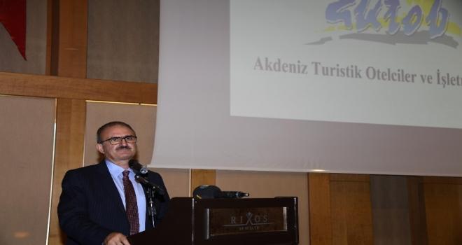 """Vali Karaloğlu: """"Kemer, Turizmde Tüm Ezberleri Bozacak, Türkiyeye Örnek Olacak"""""""