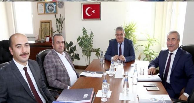 """Vali Aykut Pekmez: """"Aksaray Osbsi İvme Kazandıracak"""""""