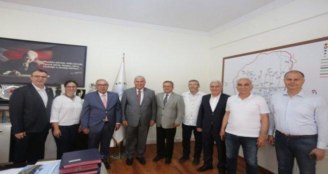 AYSO Yönetimi Efeler Belediye Başkanı Mehmet Fatih Atay' ı Ziyaret Etti